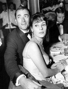 Gregory Peck with wife Veronique Passani (until his death) Movie Couples, Famous Couples, Famous Men, Vintage Hollywood, Classic Hollywood, Gregory Peck Movies, Atticus Finch, Vintage Couples, Classic Movie Stars