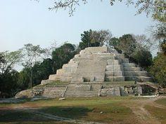 The Lamanai Archaeological Project Lamanai, Belize.
