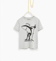 T-shirt requin rockeur