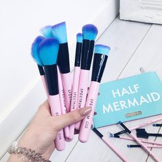 """""""These @spectrumcollections brushes are an absolute dream!! I'm so obsessed with them!! The colours are giving me all the mermaid vibes!! """""""