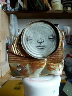 Artist My Dog Sighs Paints Faces on Cans Found Littered on the Street - My Modern Metropolis Funny Comments On Pictures, Funny Couple Pictures, Funny Cartoon Pictures, Comic Pictures, Weird Pictures, Humorous Pictures, Tin Can Art, Funny Chinese, Museum Of Childhood