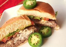 Cream Cheese Jalapeno Hamburgers--- I mixed the meat with the jalapenos, cayenne, cajun seasoning, pepper and garlic sauce. Then put the cream cheese- jalapeno mix into the burgars like it says. I think BACON would be good in the cream cheese, too! Hamburger Recipes, Beef Recipes, Cooking Recipes, Hamburger Buns, Hamburger Meal, Grilled Recipes, Hamburger Patties, Cooking Tips, Jalapeno Burger