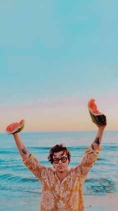 Harry Styles Baby, Harry Styles Mode, Harry Styles Pictures, One Direction Pictures, Harry Edward Styles, Harry Styles Lockscreen, Harry Styles Wallpaper, Photo Wall Collage, Picture Wall