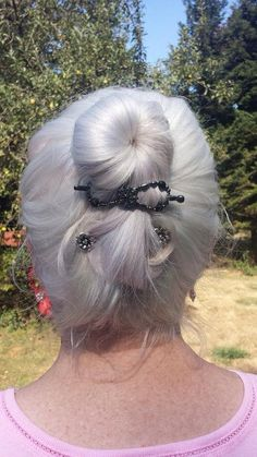 Lilla Rose flexi clips and bobby pins look great in your hair no matter the color! http://lillarose.biz/rrobinson
