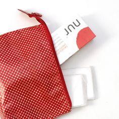 Lo imprescindible de un neceser. Siempre preparada para tu periodo 🔴  #proyectonur #menstruación #sostenible