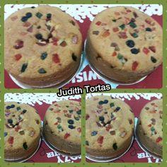 Mini cakes, vainilla con frutas confitadas.