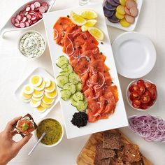 This smoked salmon platter requires little effort but the spread makes a big impression. Served with all the fixings�capers, hard-boiled eggs, cucumber and more�a smoked salmon platter is the ultimate make-ahead appetizer.