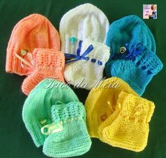 Knitting Squares, Knitting Patterns, Crochet Patterns, Free Crochet, Knit Crochet, Crochet Hats, Knitted Baby Clothes, Knitted Hats, Baby Cocoon