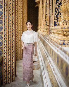 Traditional Thai Clothing, Traditional Dresses, Thai Fashion, Thai Dress, Muslim Dress, Thai Style, Silk Dress, Fashion Dresses, Girls Dresses