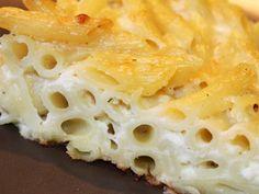 פשטידת פסטה ברוטב בשמל עם גבינות Pasta Pie, Cake Cookies, Macaroni And Cheese, Cooking Recipes, Salad, Ethnic Recipes, Food, Dinner Ideas, Places