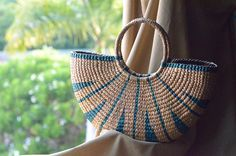 Weaving seagrass (water hyacinth) tote bag handmade from Thailand Blue