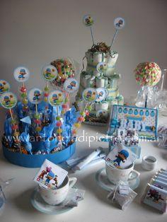 Golosinas y torta de pañales de Pocoyo para el BABY SHOWER. Sweet and diaper cake. http://antonelladipietro.com.ar/blog/2011/12/pocoyo-part/