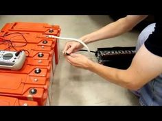 ▶ 1000Ah Battery Bank Part3 - Testing the Condition of my Salvaged Batteries - YouTube