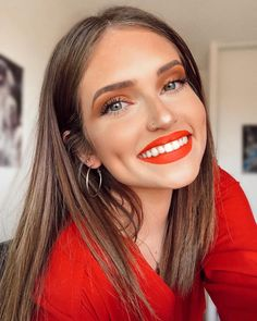 """世界の美女 on Twitter: """"Melanie Moulinさん✨  フランス🇫🇷xスペイン🇪🇸… """" Daily Makeup, Twitter, Makeup Routine, Everyday Makeup"""