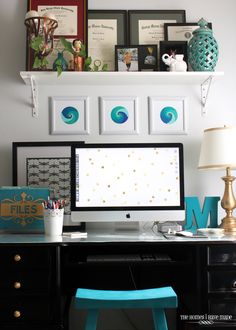 Office Desk Makeover Reveal - like the gold accents Turquoise Office, Teal Office, Black Office Furniture, Home Furniture, Office Workspace, Home Office, Diploma Display, Office Color Schemes, Black Desk