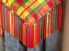 Fringed shawl by Elle Siri Labba (Sweden) Färdig sjal, fransad av Elle Siri Labba.