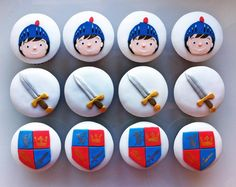 Mike the knight cupcakes