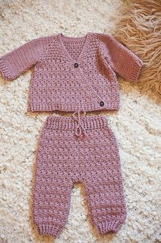 Precious Crochet Newborn Dress and Summer Patterns and Images Part baby crochet patterns; baby crochet patterns for beginners Crochet Baby Sweaters, Crochet Baby Clothes, Baby Knitting, Newborn Crochet Outfits, Free Knitting, Baby Clothes Patterns, Baby Patterns, Clothing Patterns, Summer Patterns