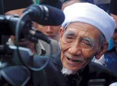 Mbah Moen: Ramadhan Momen Kebangkitan Bangsa Indonesia   Liputan Islam