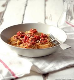 'nduja, tuna and pine nuts spaghetti