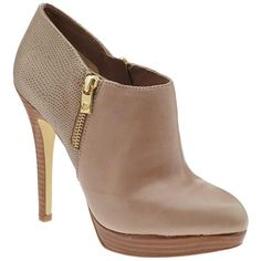 MICHAEL Michael Kors York Bootie ❤ liked on Polyvore featuring shoes, boots, ankle booties, zapatos, heels, dark dune, heeled booties, high heel boots, high heel bootie e leather bootie