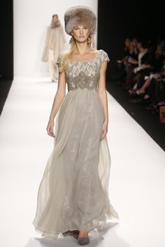 Badgley Mischka RTW Fall 2014 - Slideshow - Runway, Fashion Week, Fashion Shows, Reviews and Fashion Images - WWD.com