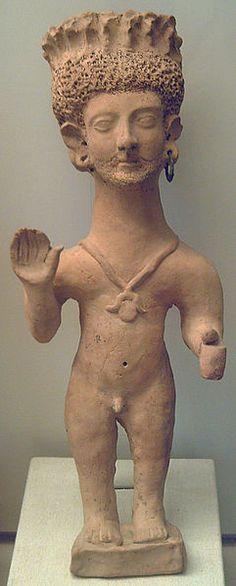 Statue d'Orant - IIIème siècle avant JC - Nécropole de Puig des Molins (Ibiza) -  Musée archéologique de  Madrid