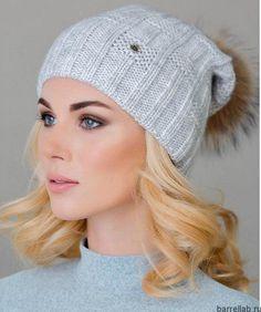 Вязаная шапка с помпоном спицами. Зимняя серая женская шапка   Домоводство для всей семьи
