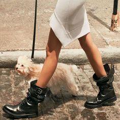 Duo We Love: Look com Minissaia e Combat Boots