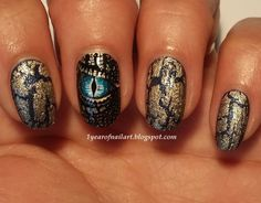 Dragon nails nail art by Margriet Sijperda