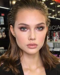 cheap makeup items to buy online plus tips from trusted websites. 150 cheap makeup items to buy online plus tips from trusted websites. 150 cheap makeup items to buy online plus tips from trusted websites. Beauty Make-up, Beauty Hacks, Hair Beauty, Beauty Tips, Beauty Products, Luxury Beauty, Best Makeup Products, Pure Products, Nude Makeup