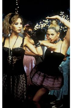 SA Fashion Girl: Fashion in Film - Romy and Michele's High School Reunion Movies Showing, Movies And Tv Shows, Romy And Michelle, Nostalgia, School Reunion, Out Of Touch, Thing 1, Prom Pictures, Moving Pictures