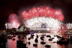 Welcoming year 2014 in Sydney.  yle.fi/  Epa/Nikki Short