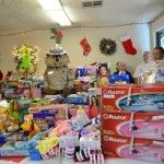 CHP Brings Christmas Joy to the Homeless Shelter | VVNG.com Victor Valley News