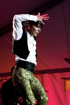 Alejandro Rodrigues en la Bienal de Flamenco de Sevilla