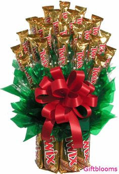 Large Twix Bouquet consist of:-- 8 large Twix and 23 fun size bars.