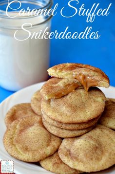 Comforting Caramel Stuffed Snickerdoodles are covered with cinnamon sugar and have a delicious gooey caramel center. You will love how easy these cookies come together. Baking Recipes, Cookie Recipes, Dessert Recipes, Just Desserts, Delicious Desserts, Yummy Food, Snickerdoodle Recipe, Galletas Cookies, Baking Cookies
