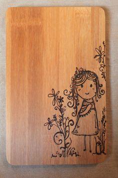 **Du brauchst ein Küchenbrettchen? Ein Holzbild für die Wand? Ein neues Utensil fürs Liebesspiel? Das 'Luna'-Brettchen steht für jedes Feeble zu Diensten.** Das Brettchen besteht aus Bambus und...