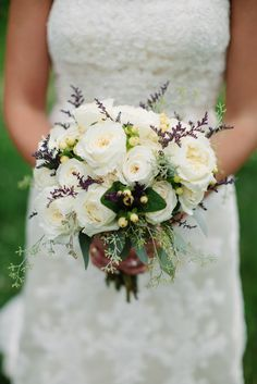 Ivory Garden Rose Bouquet With Lavender