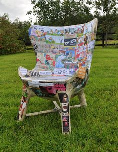 Congratulations to Irishman, Paul Heneghan, on the creation of paper mache and cardboard chairs. LOVE it!