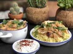vegan stoofvlees / curry met jackfruit - Familie over de kook Naan, Potato Salad, Plant Based, Slow Cooker, Vegetarian Recipes, Avocado, Curry, Veggies, November 2019