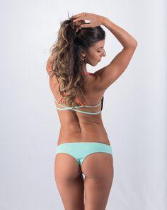 Sensi Graves-Gabby surf bottom Mint / Watermelon http://surfbikini.eu/winkel/surf-wear/sensi-graves-gabby-surf-bottom-mint-watermelon/