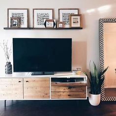 39 amazing living room tv wall decor ideas and remodel 8 Home Living Room, Interior, Living Room Decor Apartment, Tv Wall Design, New Living Room, Home Decor, Apartment Decor, Home And Living, Living Room Tv Wall