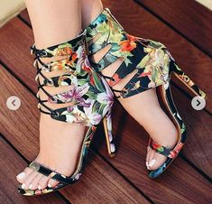 For All Your High Heels Fashion Ideas Open Toe High Heels, High Heel Boots, Heeled Boots, Shoe Boots, Shoes Heels, Style Blogger, Look Plus Size, Designer High Heels, Cute Heels