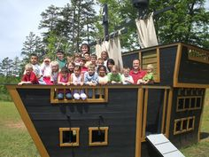 This is lovely! Just lower w/o the tall captains quarters in the back. Pirate Halloween, Halloween Diy, Pirate Birthday, 4th Birthday, Cool Kids, Pirates, Shapes, Gallery, Garden