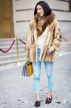 street style Eva Chen fur loafers jeans