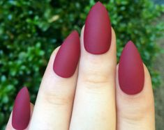 Red tip almond nails lovely matte nails maroon nails fake nails stiletto nails Matte Gel Nails, Pointy Nails, Red Nails, Hair And Nails, Polish Nails, Matte Maroon Nails, Matte Red, Coffin Nails, Red Polish