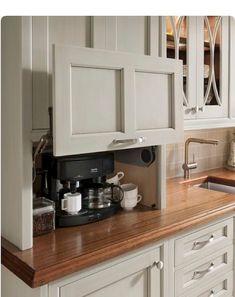 33 Lovely DIY Kitchen Storage Ideas To Maximize Kitchen Space Beautiful Kitchen Designs, Beautiful Kitchens, Cool Kitchens, Small Kitchens, New Kitchen Cabinets, Kitchen Countertops, Soapstone Kitchen, Cupboards, Kitchen Cupboard