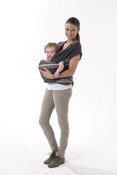 f584ca875735 Porte-bébé écharpe à nouer Babymoov - position face au monde Echarpe Porte  Bebe,
