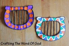 Harp David was a master musician, a poet, a writer of psalms, a worshipper and a man after God's own heart. This cute craft will serve as a great reminder of the life of David. A lowly shepherd boy chosen by God to be the king of Israel. Bible Story Crafts, Bible Crafts For Kids, Preschool Bible, Vbs Crafts, Church Crafts, Cute Crafts, Preschool Crafts, Kids Bible, Bible Stories